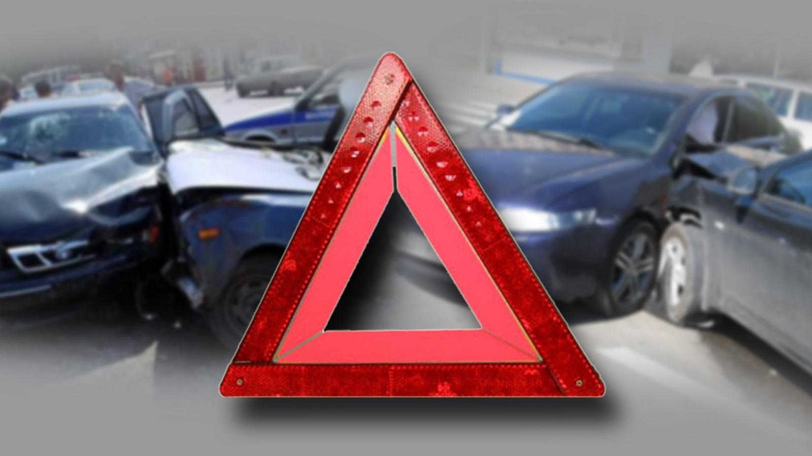 Женщина-водитель опрокинула авто на крышу