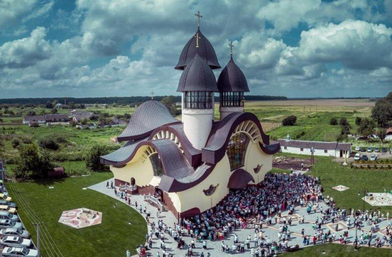 Незвичайний храм на Львівщині отримав головний приз міжнародного будівельного конкурсу, - ФОТО