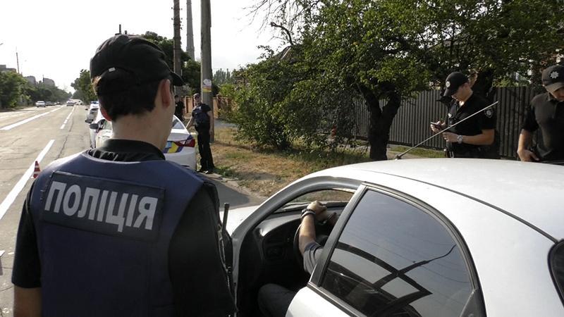 Нацполіція посилює контроль на Львівщині: перевірятимуть документи та автомобілі